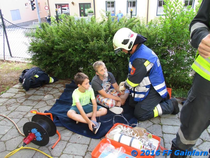 Einsatzübung: Brand in der Volksschule Gainfarn