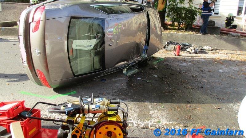 Technischer Einsatz – Menschenrettung nach Verkehrsunfall
