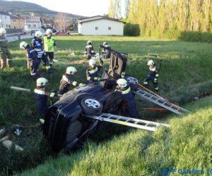Einsatzübung: Verkehrsunfall mit Menschenrettung