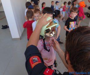 Besuch der Volksschule bei der FF Gainfarn