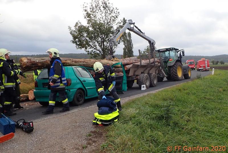 Übung: Technischer Einsatz – Verkehrsunfall